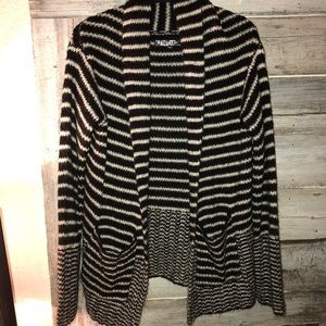 Guess Cardigan with pockets size small